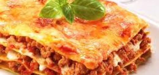 Lasagne con ragù alla bolognese come prepararle