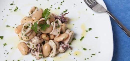 Calamari con fagioli bianchi