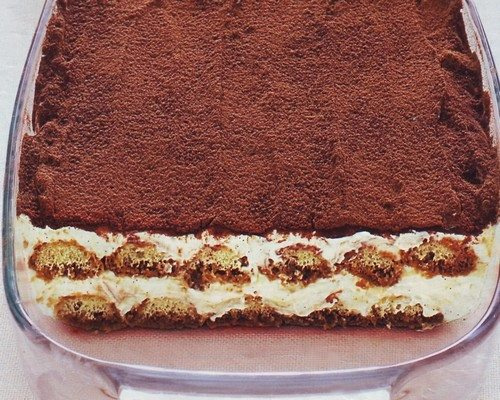 Ricetta Tiramisu Classico 250 Gr Mascarpone.Tiramisu Con Quark E Mascarpone La Ricetta La Cucina Di Bacco