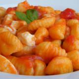 gnocchi-con-mozzarella-e-pomodoro