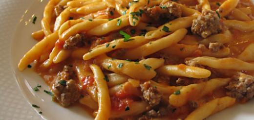 pasta-funghi-e-salsiccia-alla-calabrese