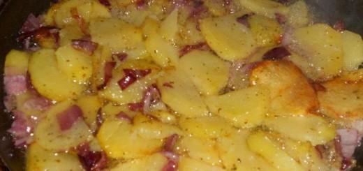 patate-mbacchiuse-con-la-cipolla-alla-cosentina