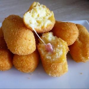 crocchette di patate con prosciutto cotto e provola