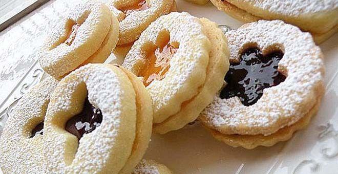 Ricetta Dolci Occhio Di Bue.La Ricetta Calabrese Dei Biscotti Occhio Di Bue Alla Marmellata E Nutella La Cucina Di Bacco